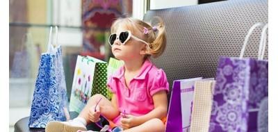 Как привить малышу любовь к обновкам