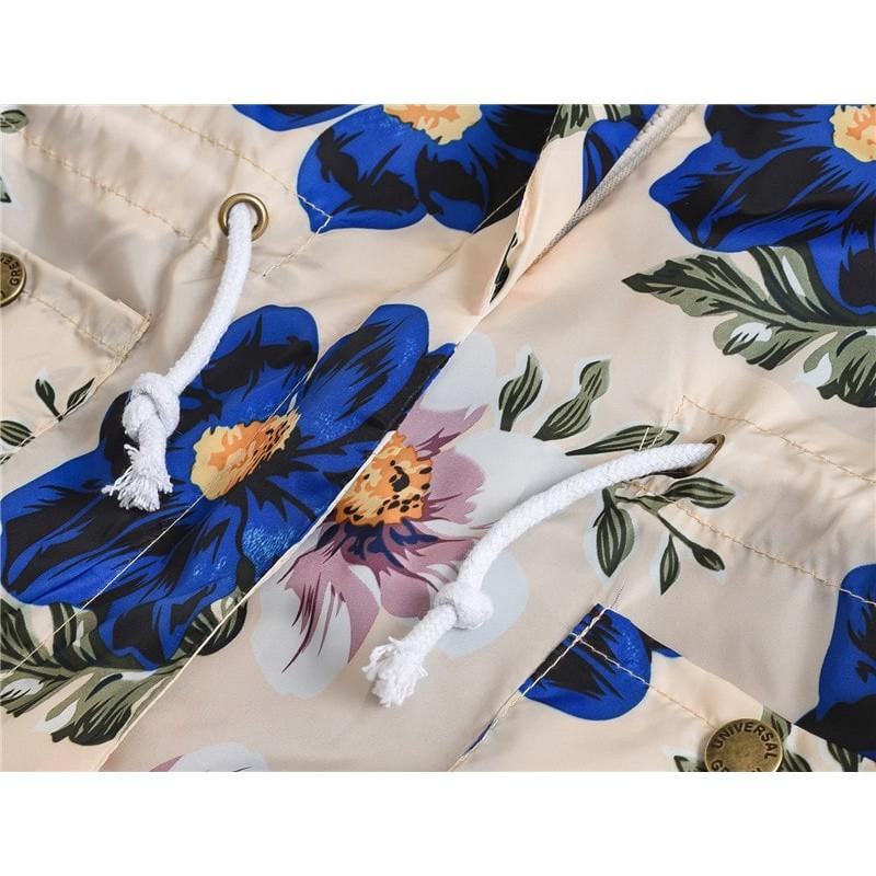 Куртка-ветровка для девочки Синие цветы шиповника